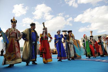 蒙古族服装服饰表演